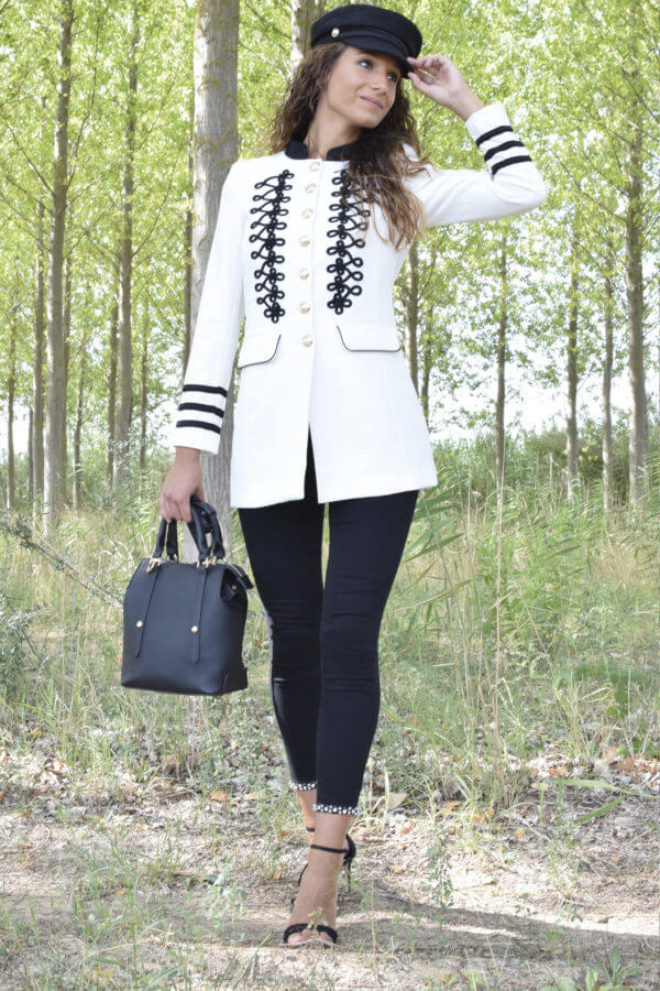 chaqueta-bordada-white-1